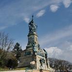 Rheinfahrt.Niederwalddenkmal.