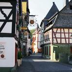 Rheinfahrt. Bacharach.