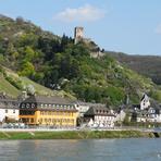 Rheinfahrt. Burg Gutenfels.