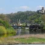Rheinfahrt. Burg Lahneck.