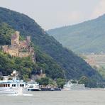 Rheinfahrt. Rhein.